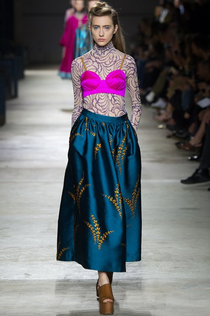 pfw, spring 2016, teal blue skirt, electric pink bra as outerwear, dries van noten