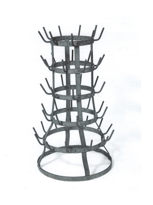 pop art, duchamp,Bottle Rack