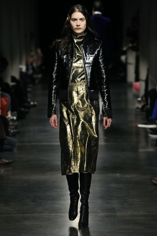 lutz_huelle_aw15_, gold metallic dress, 0