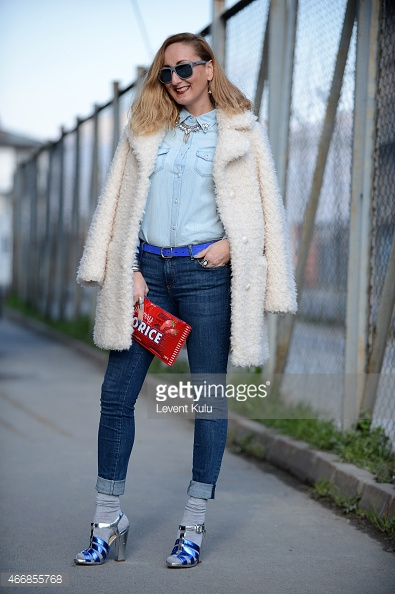 sock fashion, jeans, grey sock, metallic blue_silver strapped heels, gettyimages.com