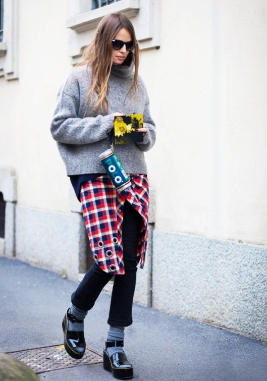 sock fashion, www, the-right-way-to-wear-socks-with-open-toe-shoes-