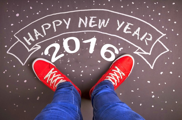 happy new year 2016, red trainers
