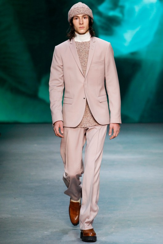 LCM, casual suiting, blush champagne, tiger of sweden, a16, voguecom  _ARC0694