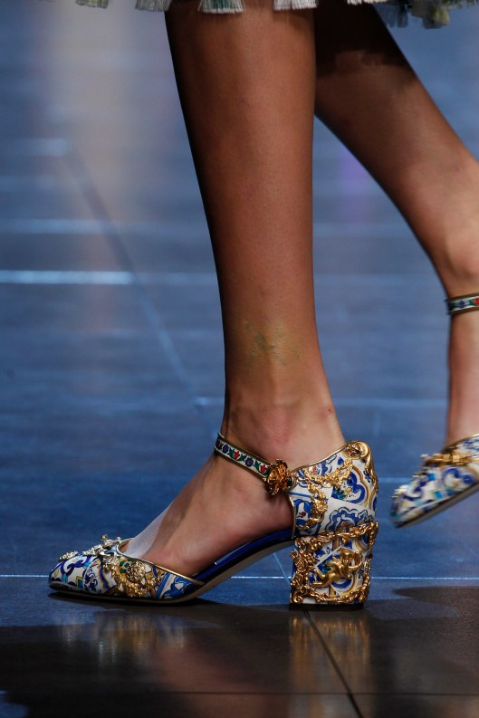 shoe spotlight, dolce and gabbana, s 16, maiolica, vogue,