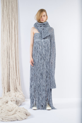 claudia li, maxi tube dress, scarf, wmag
