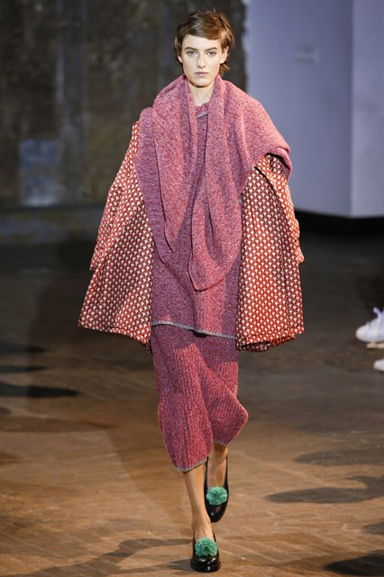 NYFW a 16, knitwear, raspberry red skirt_top, creatures of comfort