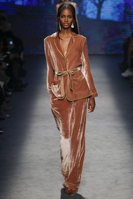 mfw, a16, velvet lounge suiting, Alberta Ferretti, vogue
