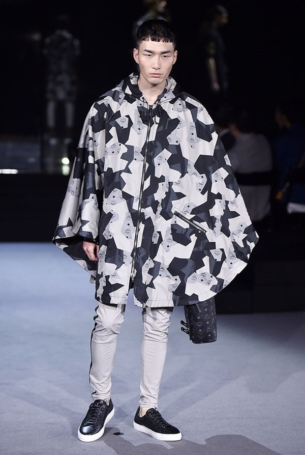 LCM, graphic poncho, MCM X Christopher Raeburn